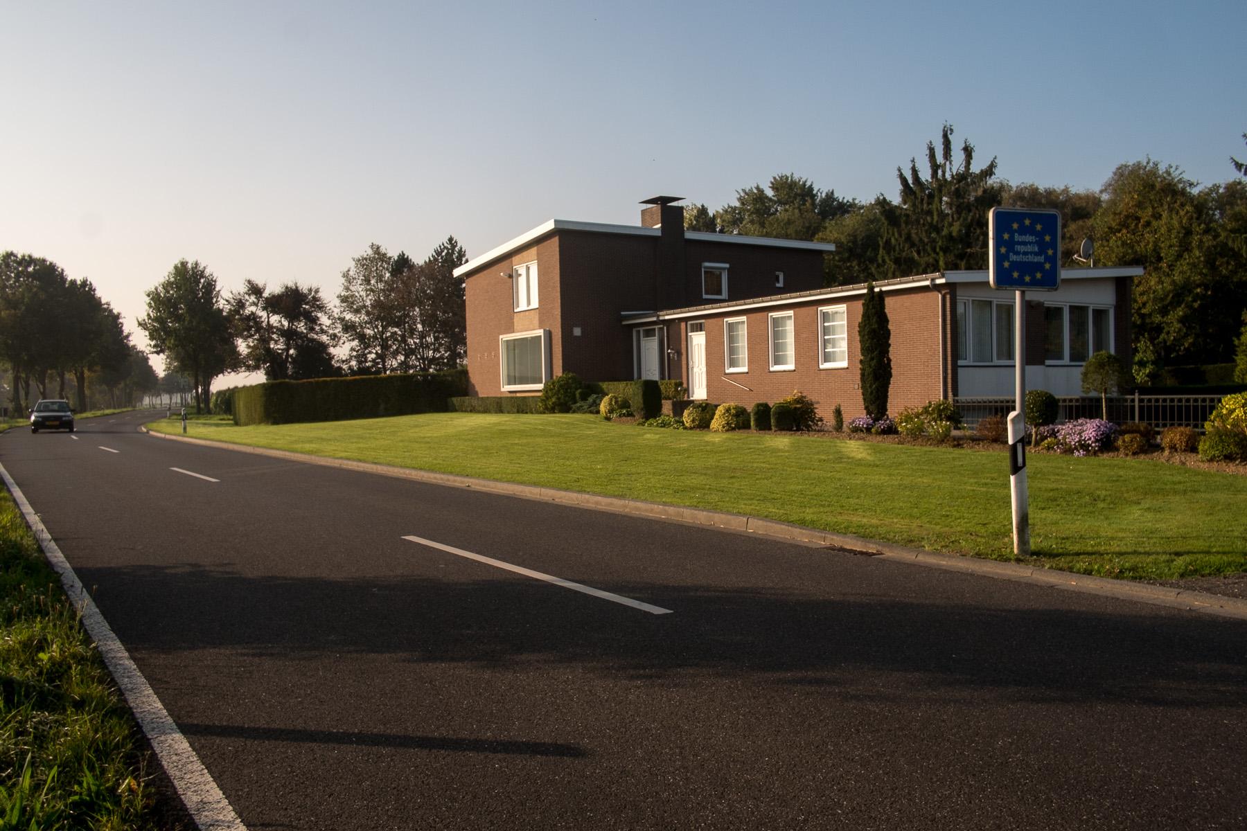 Westlichtest Haus Deutschlands - Zahnartzpraxis Dr. Schnellen