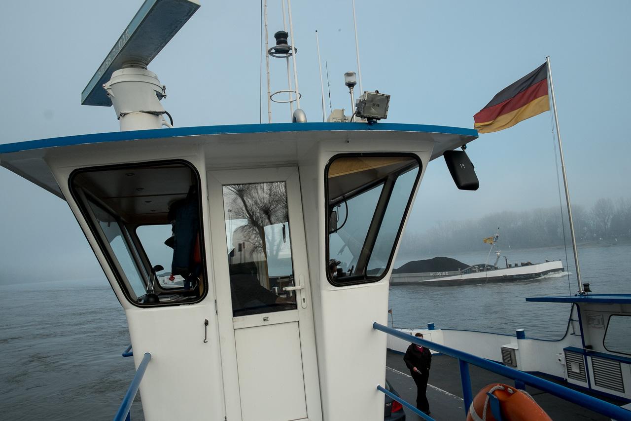 Rheinfähre in Zons