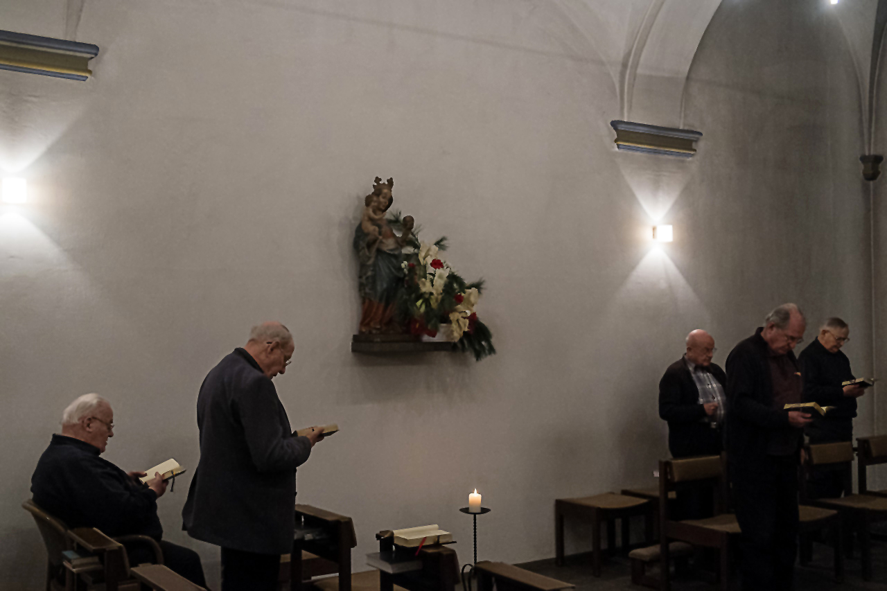 Messe in der Kapelle Knechsteden